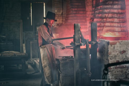 The foundry worker
